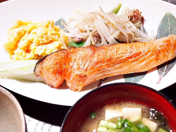 焼き鮭プレート