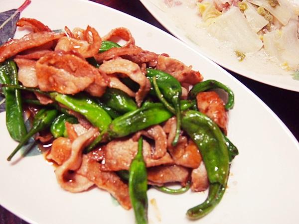 豚肉とししとうの炒め物(焼肉風)