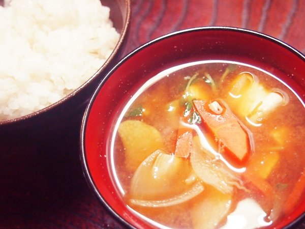 ハンバーグプレート お味噌汁